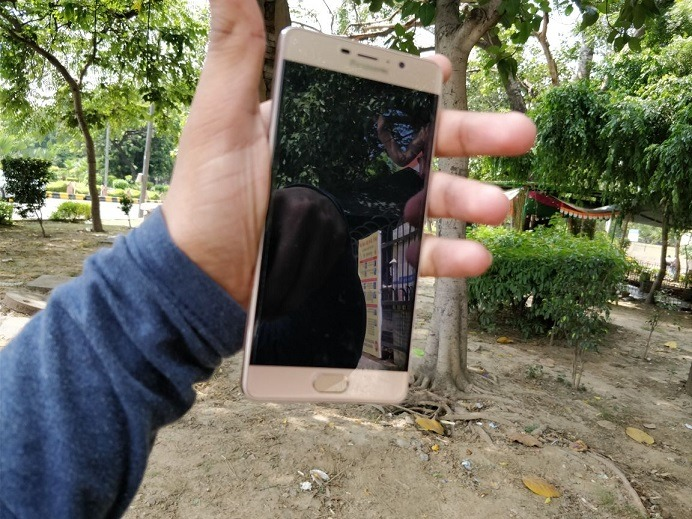 Front design of the panasonic eluga A3 pro review