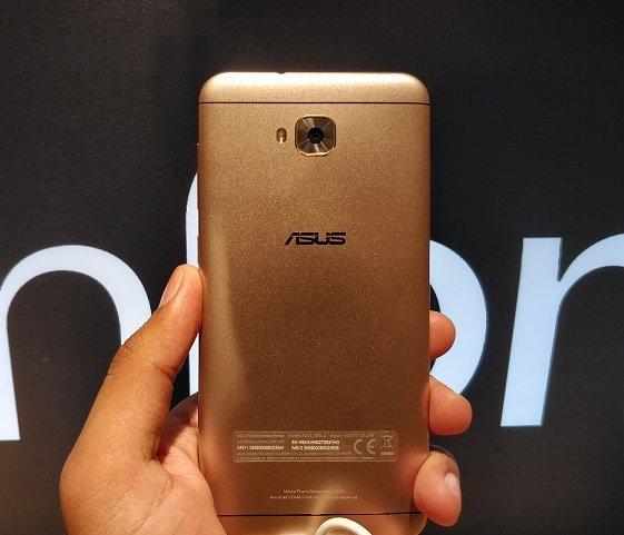 Asus zenfoe 4 selfie series back