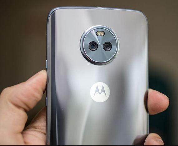 Motorola Moto X4 back side desing