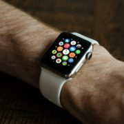 New patents indicate that Apple Watch intends to use a round dial