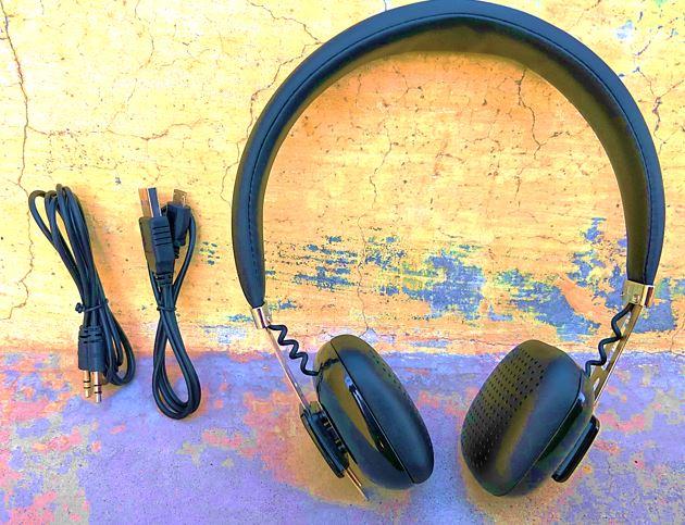 Syska fusion headset box content