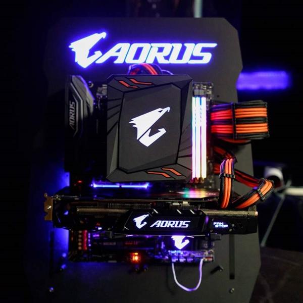 Gigabyte's Aorus RAM with RGB LED light