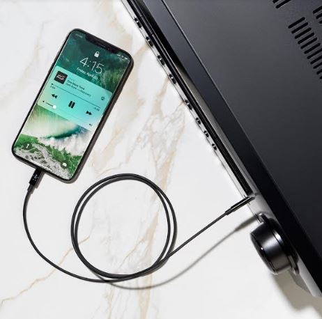 BELKIN LAUNCHES 3.5mm AUDIO CABLE WITH LIGHTNING CONNECTOR