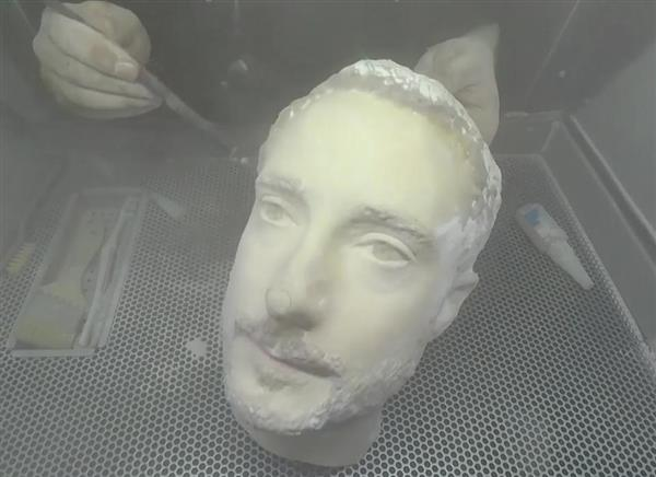 3D printheads succeeded in fooling the face recognition process of smartphones