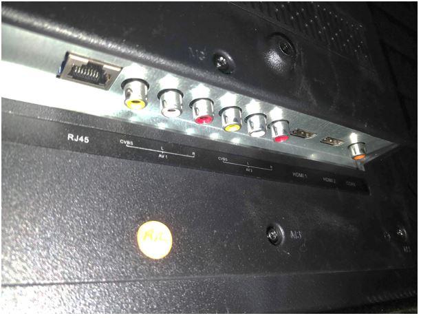 Kodak 43UHDXSMART 4K UHD back side ports