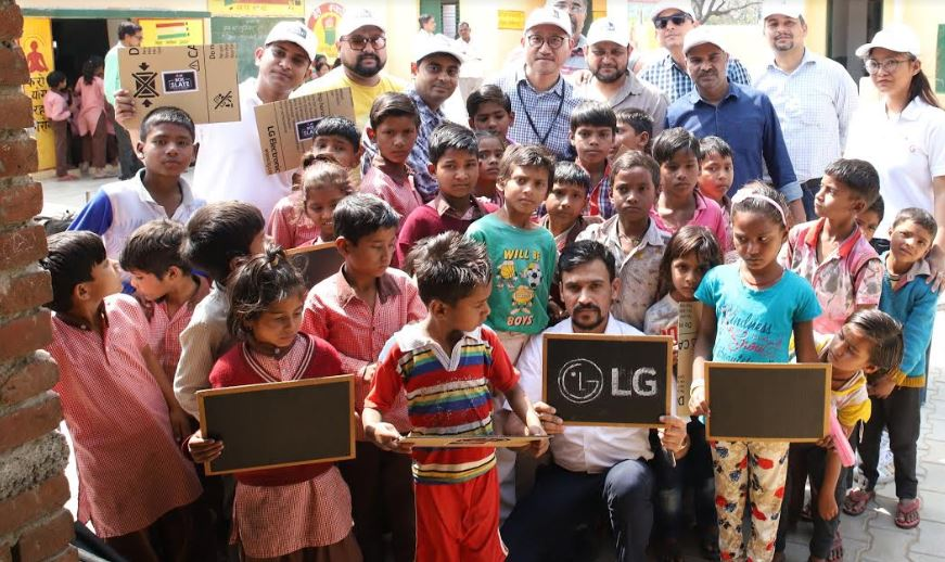 Lg India Turns Empty Box Into Tools For Education