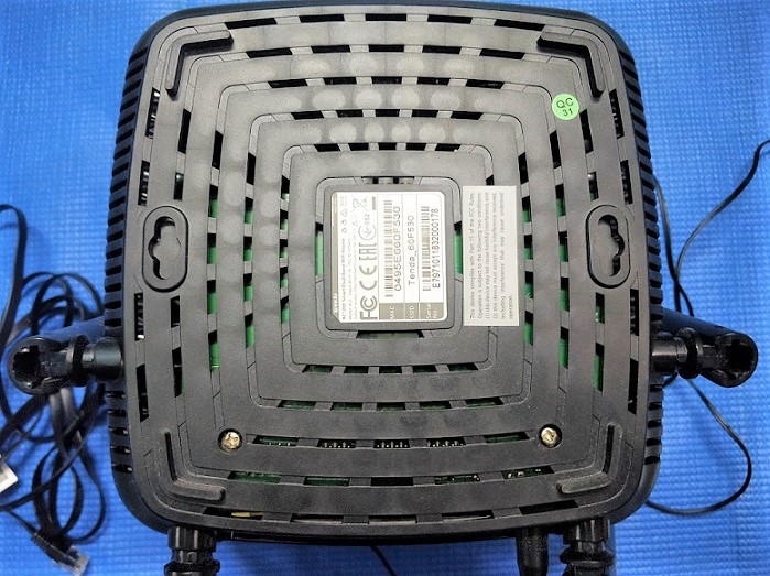 Tenda AC5 AC1200 router review and test 1