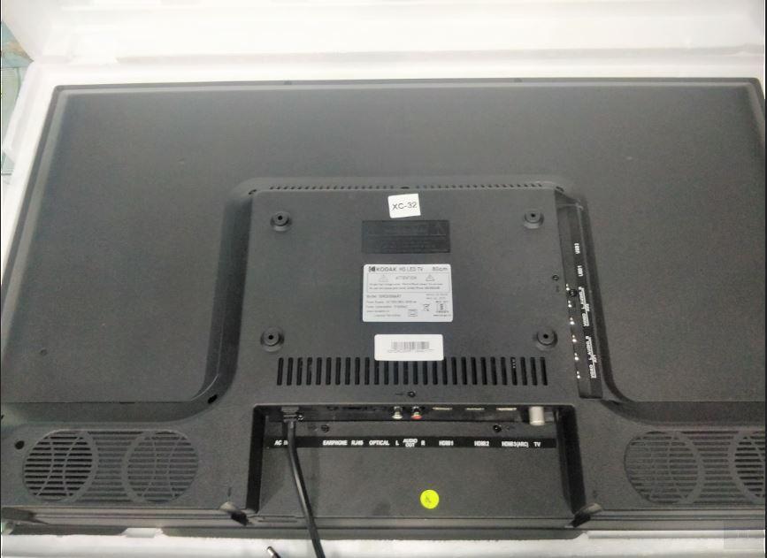 Kodak 32HDXSMART 80cm HD ready LED smart tv back review