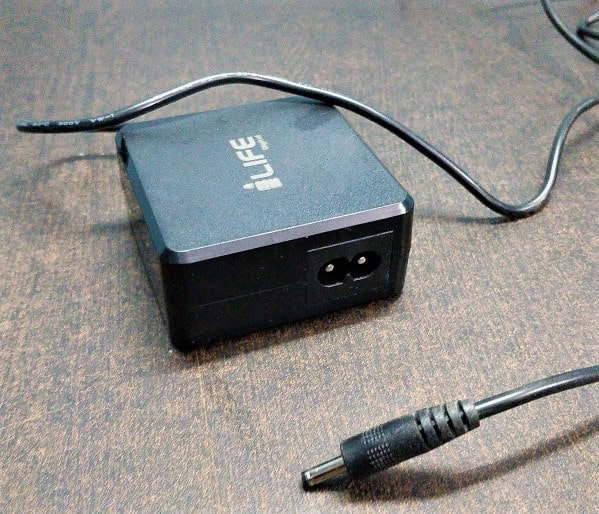 Life digital budget laptop charger-min