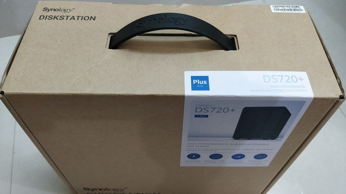 Synology DS720 box