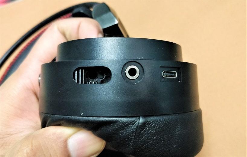 Ear cup ports min