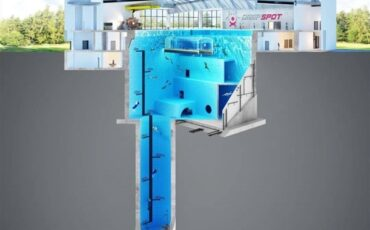 Worlds deepest swimming pool